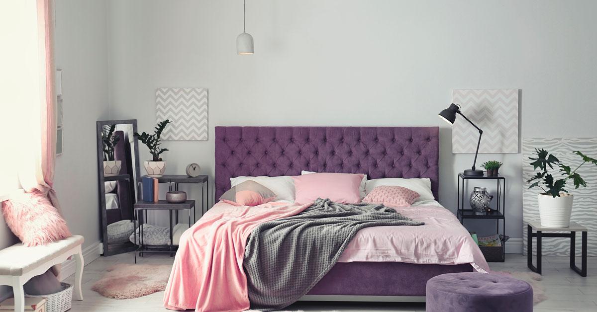 Luxury wallpaper in the master bedroom